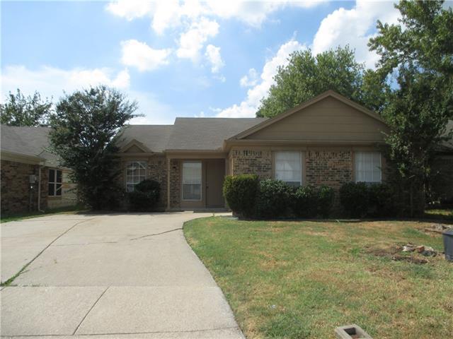 Rental Homes for Rent, ListingId:35391664, location: 5516 Blue Spruce Drive Arlington 76018