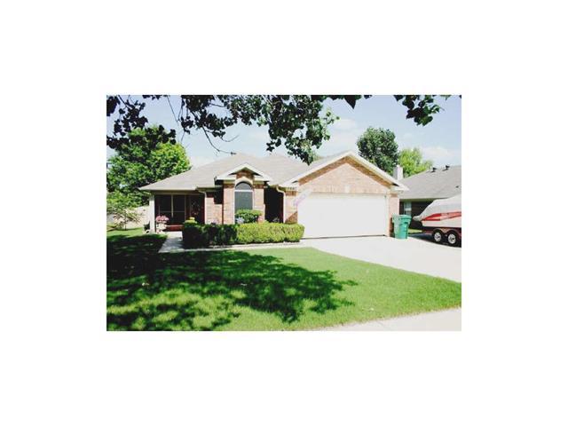 Rental Homes for Rent, ListingId:35482125, location: 736 Winding Oak Bend Lake Dallas 75065