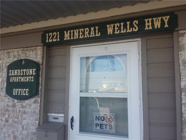 Rental Homes for Rent, ListingId:35482290, location: 1221 MINERAL WELLS HWY Weatherford 76086