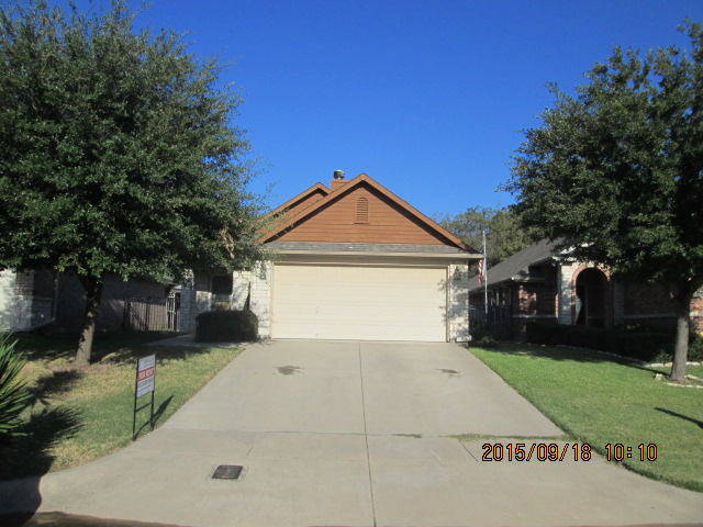 Rental Homes for Rent, ListingId:35497717, location: 808 Claycourt Circle Ft Worth 76120