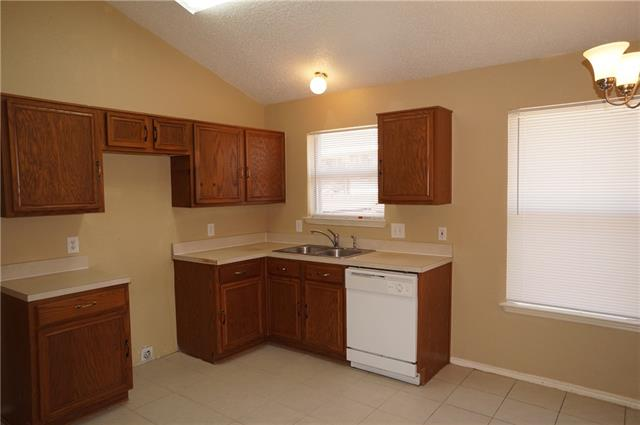 Rental Homes for Rent, ListingId:35507189, location: 9431 Crimnson Court Dallas 75217