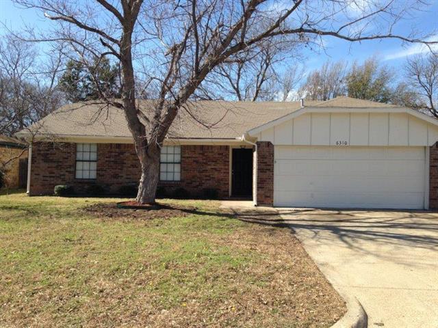 Rental Homes for Rent, ListingId:35513357, location: 6310 Plainview Drive Arlington 76018