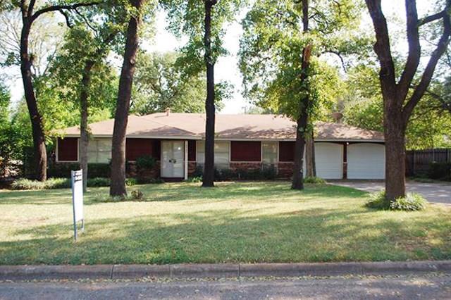 Rental Homes for Rent, ListingId:35513930, location: 4925 White Oak Lane River Oaks 76114