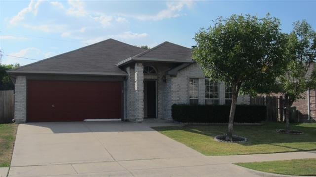 Photo of 6704 Clear Creek Drive  Arlington  TX