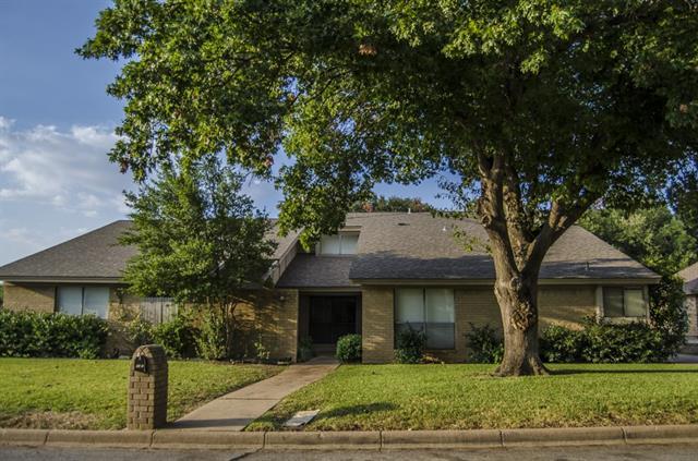 Real Estate for Sale, ListingId: 35600135, Ft Worth,TX76133