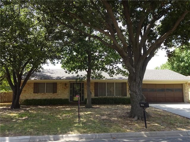 Rental Homes for Rent, ListingId:35614200, location: 1829 Georgetown Drive Denton 76201