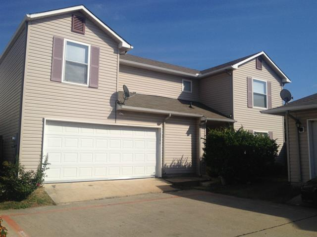 Rental Homes for Rent, ListingId:35665018, location: 2206 Zaragoza Plaza Dallas 75211