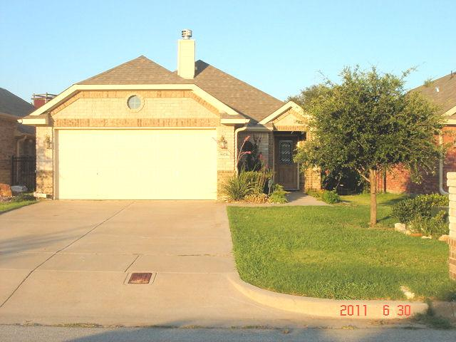 Rental Homes for Rent, ListingId:35634221, location: 9025 Racquet Club Drive Ft Worth 76120