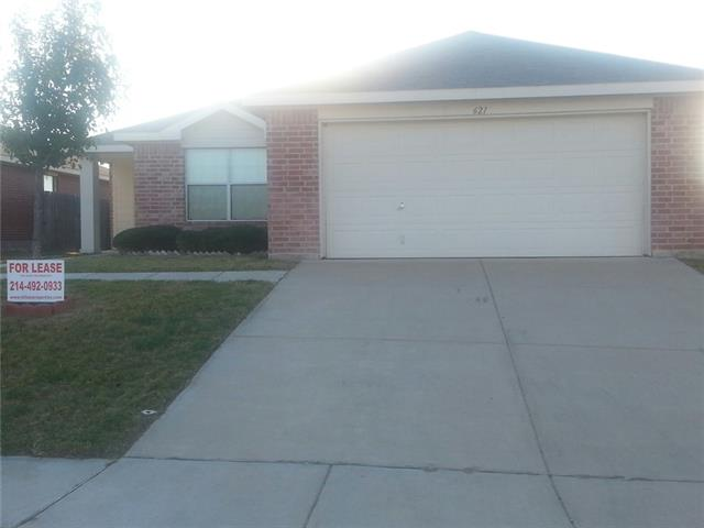 Rental Homes for Rent, ListingId:35645052, location: 621 Woodpecker Lane Ft Worth 76108