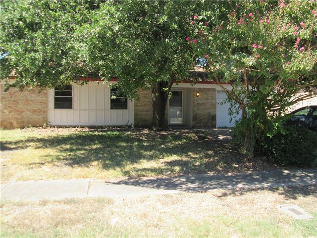 Rental Homes for Rent, ListingId:35668647, location: 4319 Culmer Lane Balch Springs 75180