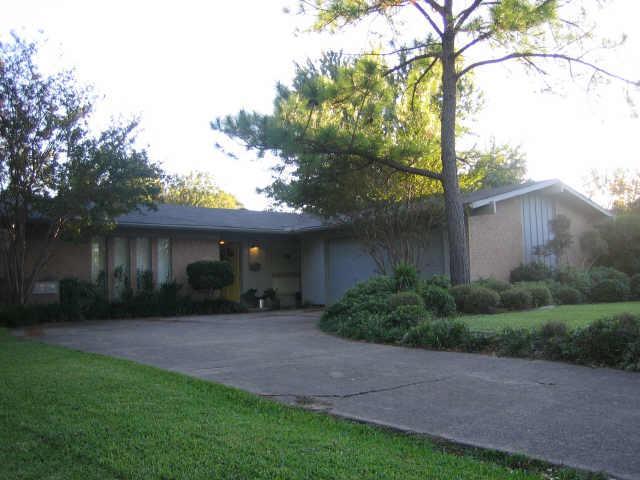 Rental Homes for Rent, ListingId:35700079, location: 3206 Modella Avenue Dallas 75229
