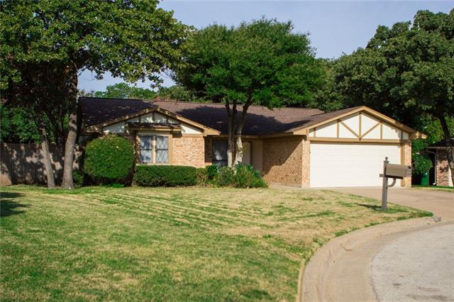 Rental Homes for Rent, ListingId:35711411, location: 4104 Barnsley Court Arlington 76016