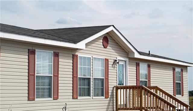 715 Se County Road 2260, Corsicana, TX 75109
