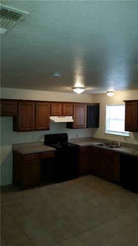 Rental Homes for Rent, ListingId:35713910, location: 4910 E Elgin Street Ft Worth 76105