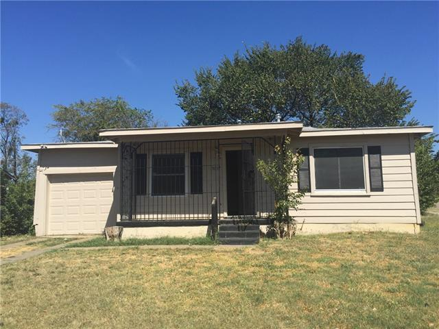 Rental Homes for Rent, ListingId:35733323, location: 5657 Bong Drive Ft Worth 76112