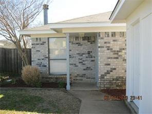 Rental Homes for Rent, ListingId:35733620, location: 1021 Irene Street Burleson 76028