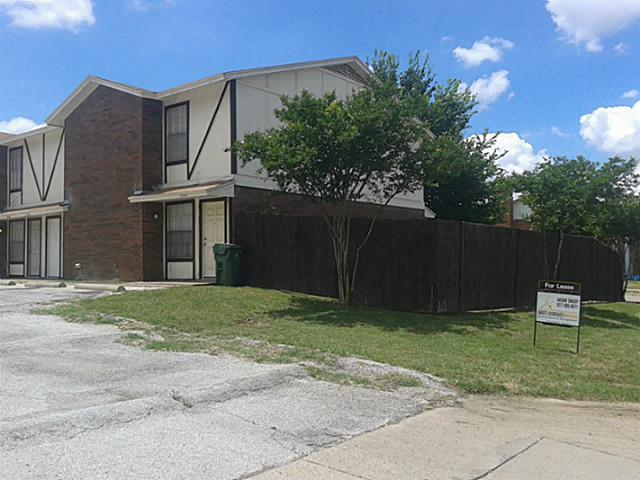Rental Homes for Rent, ListingId:35750716, location: 1044 Southmoor Drive Arlington 76010