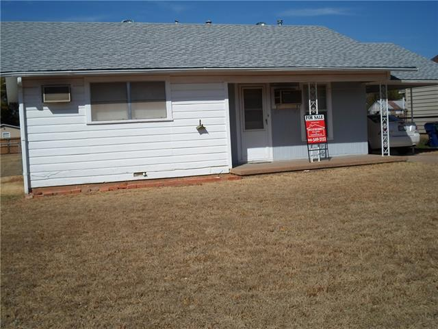 1317 Florea St, Graham, TX 76450