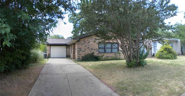 Rental Homes for Rent, ListingId:35755731, location: 907 W Bridge Street W Granbury 76048