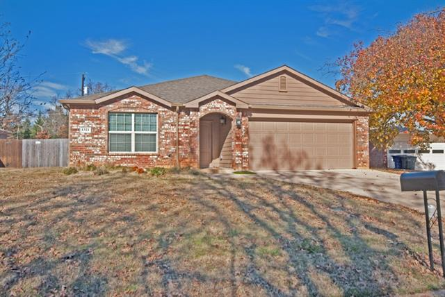 Rental Homes for Rent, ListingId:35763585, location: 1321 Crestview Drive Denison 75020