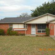 Rental Homes for Rent, ListingId:35790018, location: 6251 Shadydell Drive Ft Worth 76135