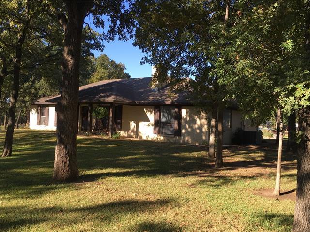 560 Wild Wood Dr, Decatur, TX 76234