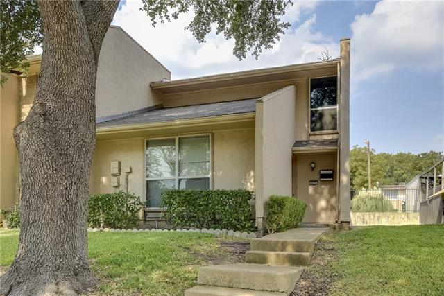 Single Family Home for Sale, ListingId:35812698, location: 415 Valley Park Garland 75043