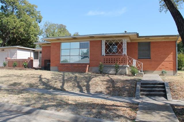 Rental Homes for Rent, ListingId:35876176, location: 2651 W 12th Street Dallas 75211
