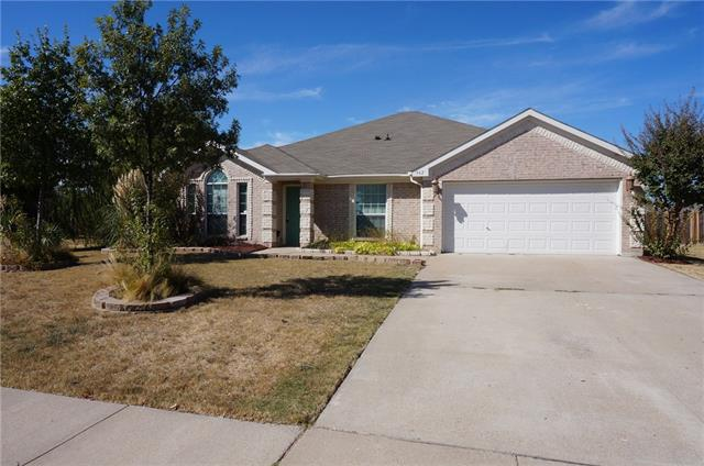 Rental Homes for Rent, ListingId:35925353, location: 962 Joshua Drive Burleson 76028