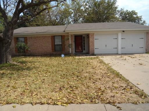 Rental Homes for Rent, ListingId:35918220, location: 705 Sue Ann Lane Burleson 76028