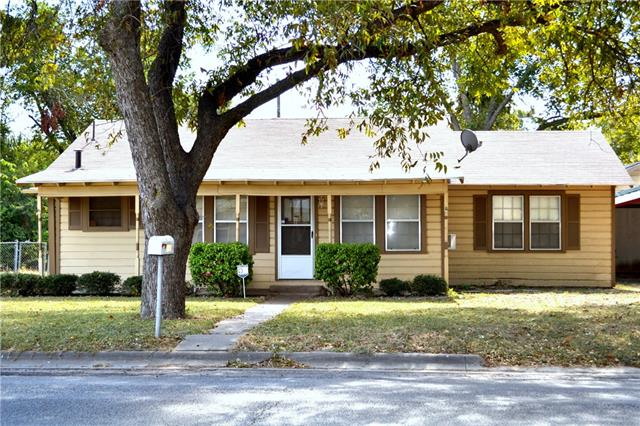 Photo of 507 Poindexter Avenue  Cleburne  TX