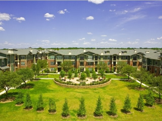 Rental Homes for Rent, ListingId:35942408, location: 2001 Park Hill Drive Ft Worth 76110
