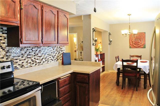 Real Estate for Sale, ListingId: 36037905, Dallas,TX75217