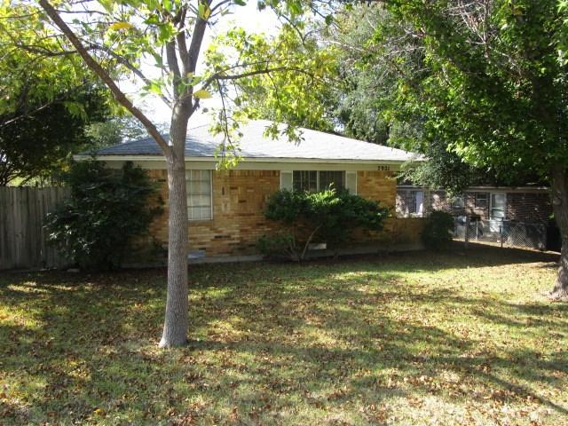 Rental Homes for Rent, ListingId:36017697, location: 7923 Millstone Drive Dallas 75228
