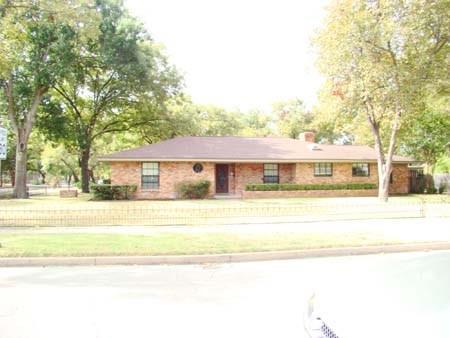 Rental Homes for Rent, ListingId:35991567, location: 801 N Preston Street Ennis 75119