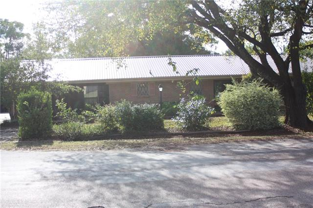 217 W Grady St, Blooming Grove, TX 76626