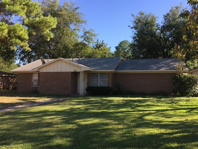 Rental Homes for Rent, ListingId:36098735, location: 701 E Main Street E Pilot Pt 76258