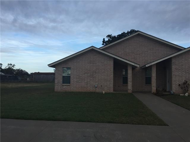 Rental Homes for Rent, ListingId:36366640, location: 3604 Mandy A Drive Granbury 76048