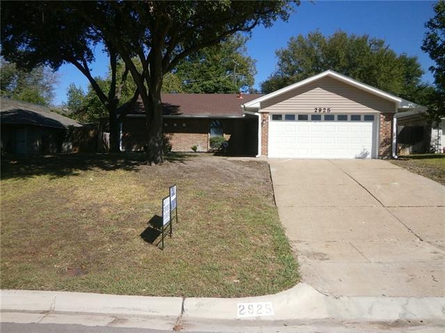 Rental Homes for Rent, ListingId:36154926, location: 2925 Elsinor Drive Ft Worth 76116