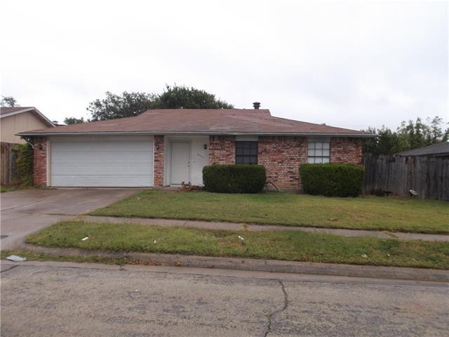 Rental Homes for Rent, ListingId:36163730, location: 3425 Foxford Trail Arlington 76014