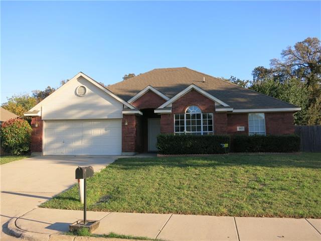 Rental Homes for Rent, ListingId:36174903, location: 3807 Woodside Drive Arlington 76016