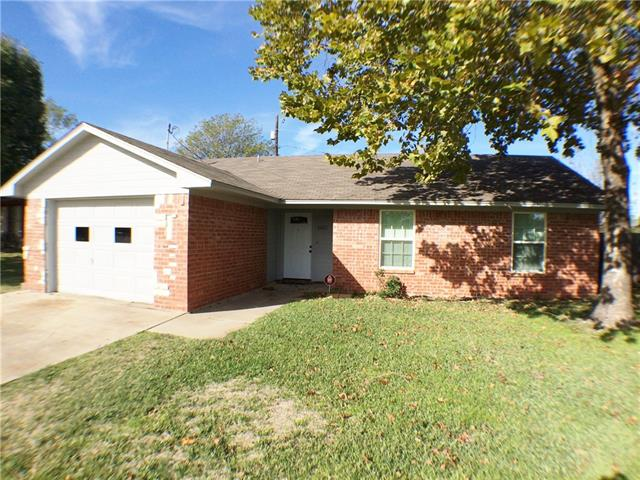 Rental Homes for Rent, ListingId:36235624, location: 1605 Fairfield Circle Sanger 76266
