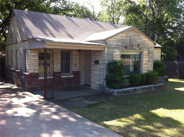 Rental Homes for Rent, ListingId:36261526, location: 619 Oaklawn Drive River Oaks 76114