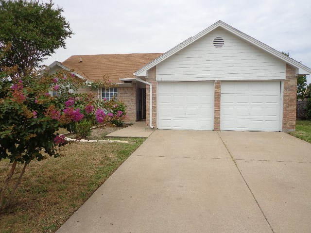 Rental Homes for Rent, ListingId:36293906, location: 2113 Cay Court Irving 75060