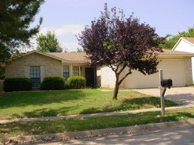 Rental Homes for Rent, ListingId:36308037, location: 6511 SPRINGFIELD Drive Arlington 76016