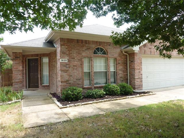 Rental Homes for Rent, ListingId:36311641, location: 1620 Ash Lane Corinth 76210