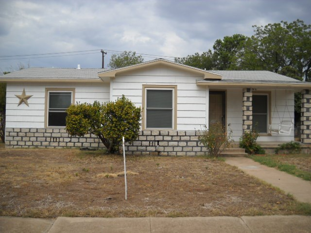 Rental Homes for Rent, ListingId:36346296, location: 1834 Ballinger Street Abilene 79605
