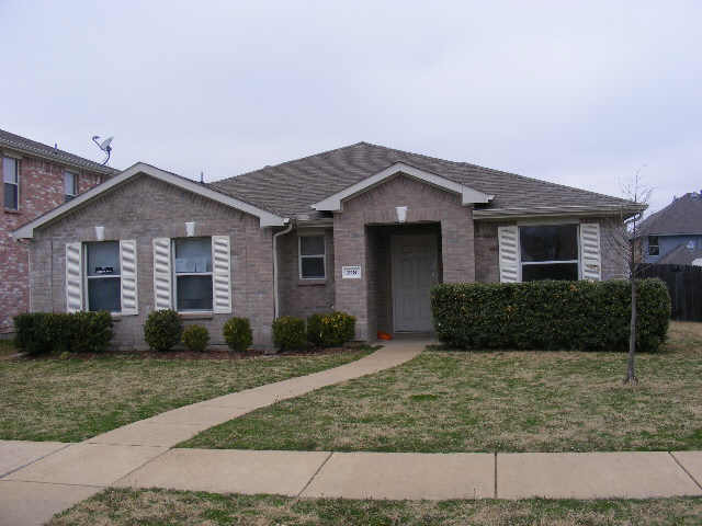 Rental Homes for Rent, ListingId:36346309, location: 218 Trees Drive Cedar Hill 75104