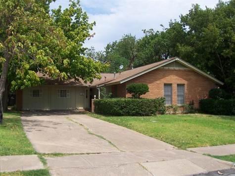 Rental Homes for Rent, ListingId:36359713, location: 2017 Brenton Street Irving 75062