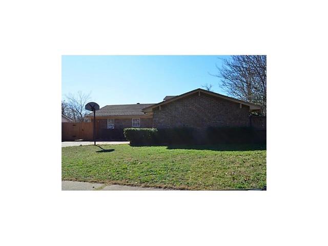 Rental Homes for Rent, ListingId:36366909, location: 8970 Shorelark Drive Dallas 75217